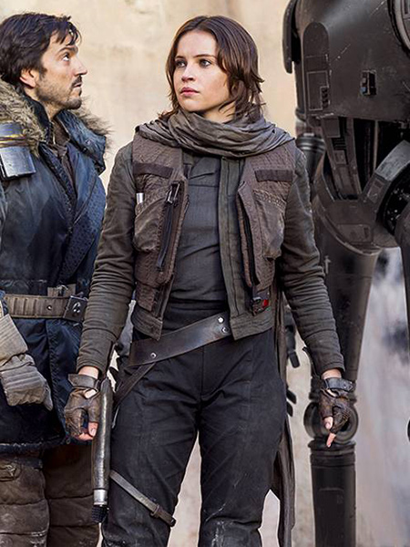 Jyn Erso with Cassian Andor and K2SO in Rogue One